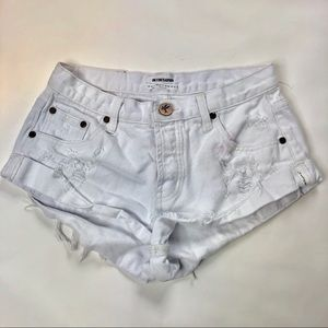 One teaspoon bandits distressed white shorts